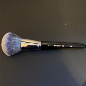 Morphe E2 Round powder brush